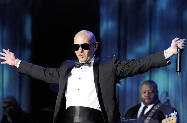 pitbull-men-in-black1