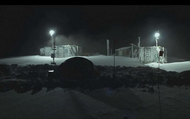 Terror Bajo Nieve Terror Bajo la Nieve