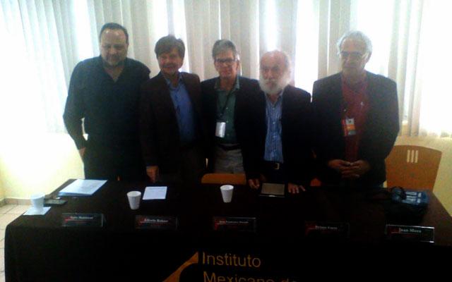Tufic Makhlouf, Alfredo Robert, Juan Francisco Urrusti, Nelson Carro y Juan Mora en la presentación de Artes.Docs